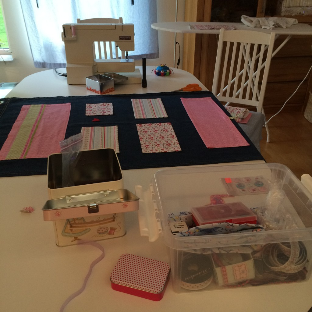 En liten syfabrik i vardagsrummet!