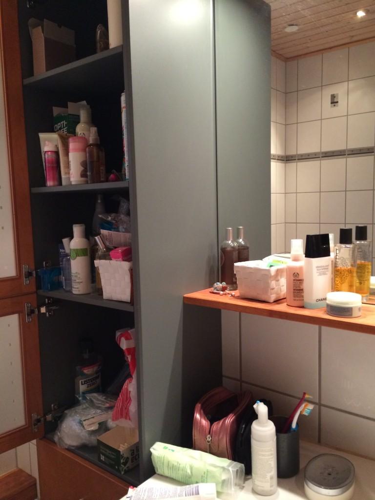 Dags att städa badrumsskåpet!